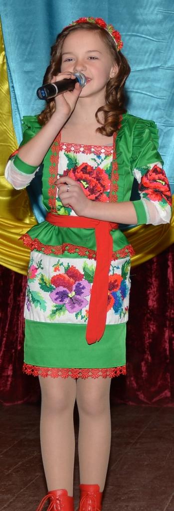 Олеся Шаповал з піснею А мати жде